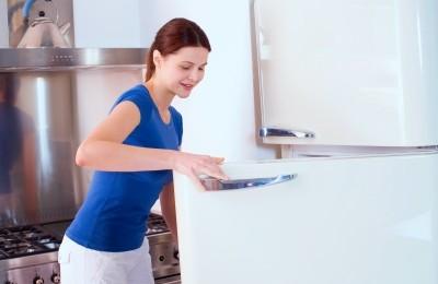 Under-fridge cleaning